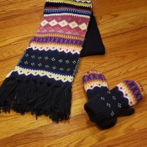 Scarf and mittens